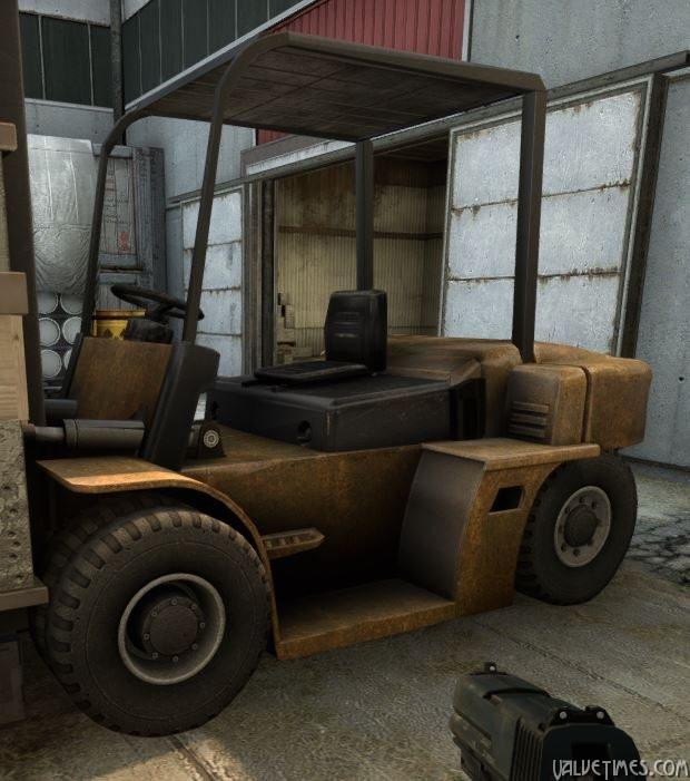 CS:GO Cache Forklift (вилочный погрузчик с крышей)